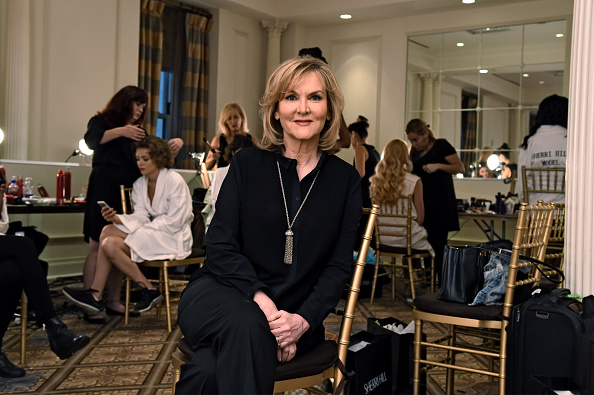 Sherri Hill - Designer Label「Sherri Hill - Backstage - Spring 2016 New York Fashion Week」:写真・画像(17)[壁紙.com]