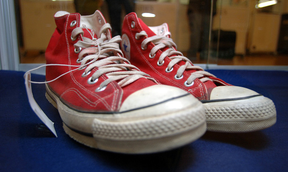 Shoe「Pop Memorabilia Auction At Christies」:写真・画像(12)[壁紙.com]