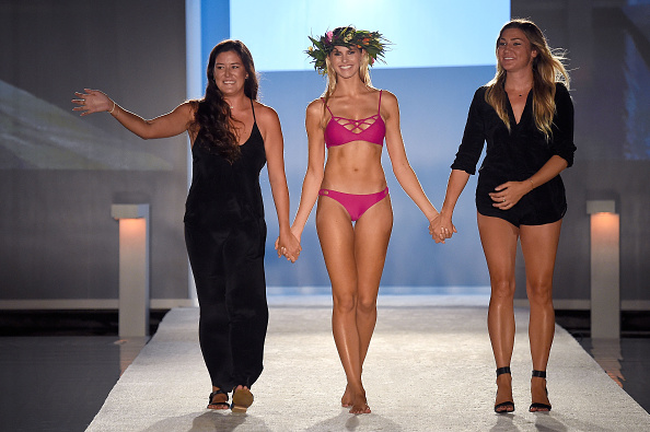 Mercedes-Benz Fashion Week - Miami Swim「Issa de' Mar 2017 Collection at SwimMiami - Runway」:写真・画像(14)[壁紙.com]