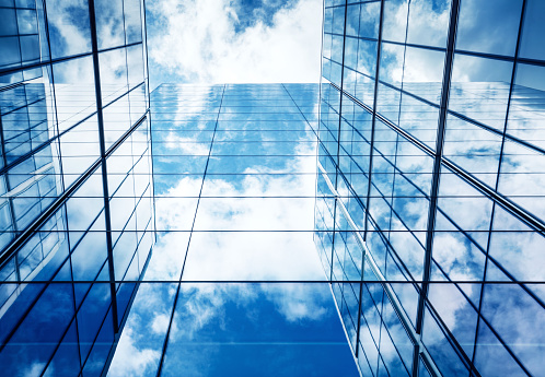 Architectural Feature「Blue Sky and Clouds Reflected in Modern Glass Architecture」:スマホ壁紙(6)