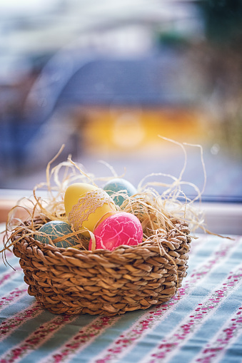 Easter Bunny「Colorful Decorated Easter Eggs in a Nest」:スマホ壁紙(4)