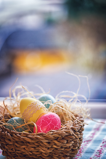 Easter Bunny「Colorful Decorated Easter Eggs in a Nest」:スマホ壁紙(14)