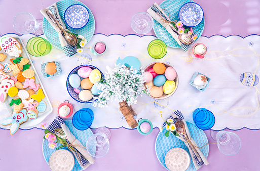 Easter「Colorful Decorated Easter Place Setting」:スマホ壁紙(7)
