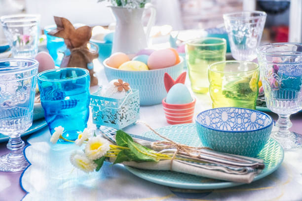Colorful Decorated Easter Place Setting:スマホ壁紙(壁紙.com)
