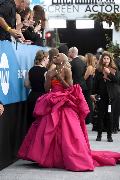 Hot Pink「26th Annual Screen ActorsGuild Awards - Red Carpet」:写真・画像(1)[壁紙.com]