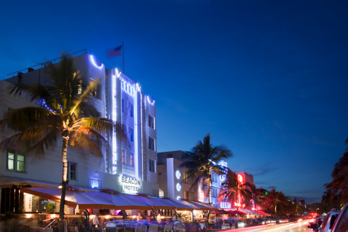 Miami Beach「Art Deco building in Ocean Drive」:スマホ壁紙(12)