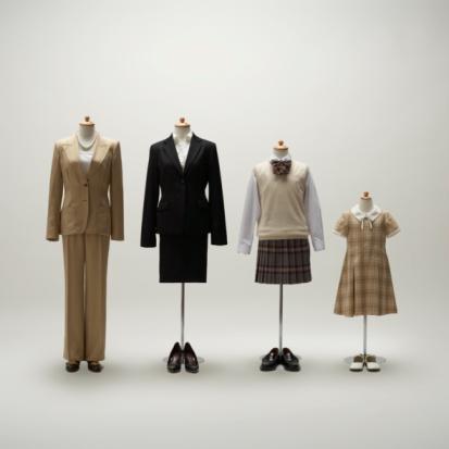 Well-dressed「women mannequins dressing a formal wear in a row.」:スマホ壁紙(7)