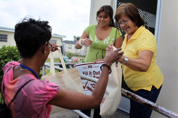 Effort「Census Outreach Program Encourages People To Return Census Form」:写真・画像(0)[壁紙.com]