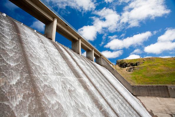 Snowcapped Mountain「Gathega Dam supplying the water to power Guthega power station as part of the Snowy mountains hydro scheme, New South Wales, Australia.」:写真・画像(2)[壁紙.com]
