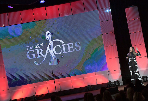 Moll Anderson「The 42nd Annual Gracie Awards - Inside」:写真・画像(15)[壁紙.com]
