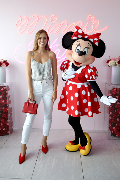 ミニーマウス「Minnie Mouse 90th Anniversary Celebration」:写真・画像(5)[壁紙.com]