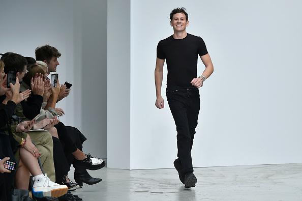 Gratitude「Mugler : Runway - Paris Fashion Week - Womenswear Spring Summer 2020」:写真・画像(16)[壁紙.com]