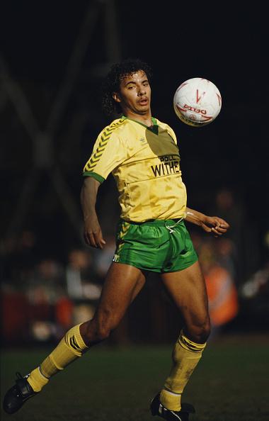 Sport「Dale Gordon Norwich City」:写真・画像(2)[壁紙.com]