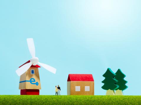 小さな像「A house with the wind-power generator」:スマホ壁紙(5)