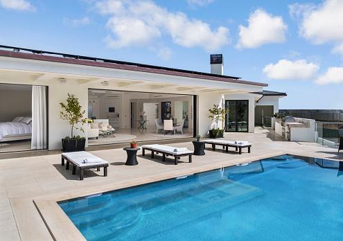 Resort「House with swimming pool」:スマホ壁紙(15)