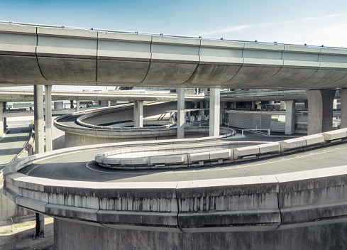 Elevated Road「Curving spiral access roads」:スマホ壁紙(8)