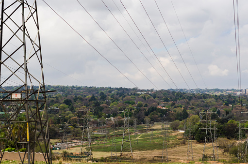 Electricity Pylon「View of electric pylons in Randburg, viewed from Republic Road, Johannesburg, Gauteng, South Africa.」:スマホ壁紙(5)