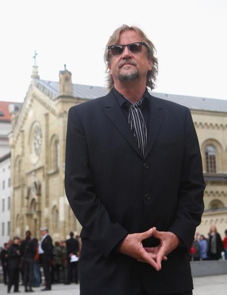 Alexander Hassenstein「Monti Lueftner Funeral」:写真・画像(4)[壁紙.com]