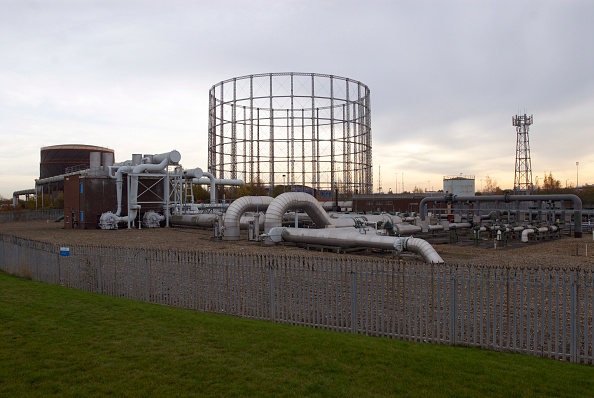 Grass「Gas Pipe station, Beckton, East London, UK」:写真・画像(19)[壁紙.com]