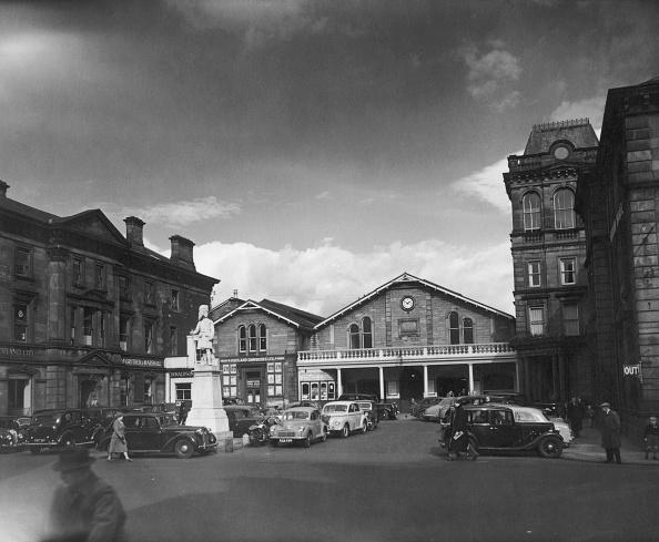 Monty Fresco「Inverness Station」:写真・画像(8)[壁紙.com]