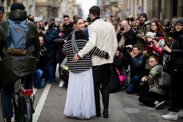 ストリートスナップ「Ermanno Scervino - Street Style - Milan Fashion Week 2019」:写真・画像(16)[壁紙.com]