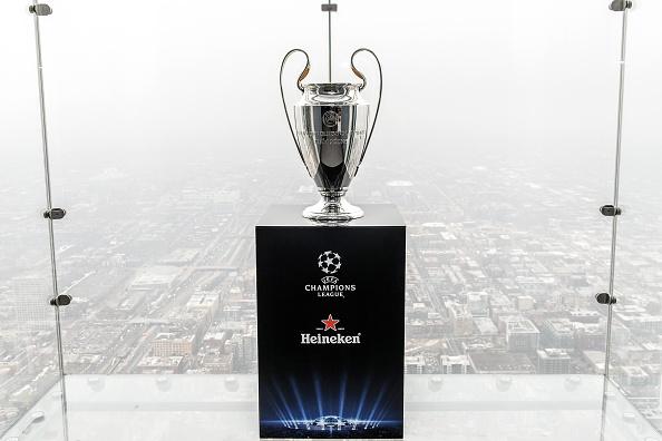 Sponsor「The UEFA Champions League Trophy Tour Presented By Heineken - Chicago Stop」:写真・画像(11)[壁紙.com]
