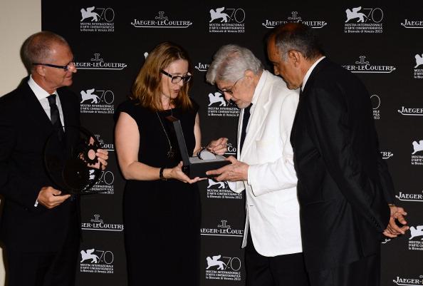 映画監督「'Jaeger-LeCoultre Glory To The Filmmaker 2013 Award' Honors Ettore Scola - Jaeger-LeCoultre Collection」:写真・画像(6)[壁紙.com]