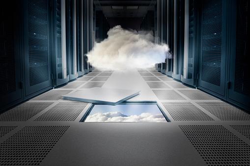 Cloud Computing「Cloud hovering over ceiling tile」:スマホ壁紙(1)