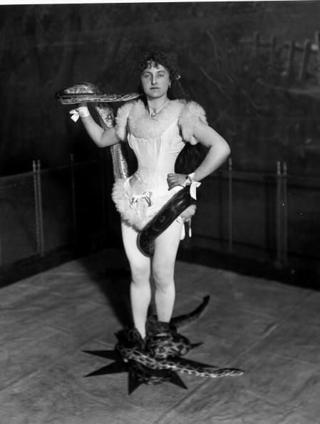 1900-1909「Snake Charmer」:写真・画像(11)[壁紙.com]