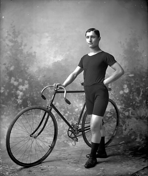 Reinhold Thiele「Racing Cyclist」:写真・画像(3)[壁紙.com]