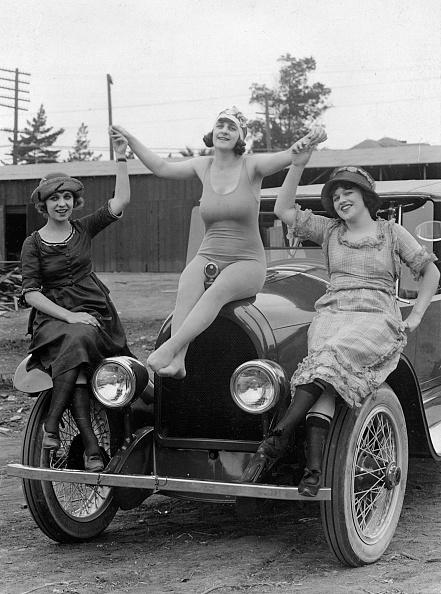 水着「Kissel 6 circa 1922」:写真・画像(15)[壁紙.com]