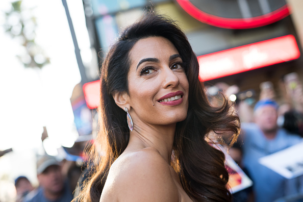 Amal Clooney「American Film Institute's 46th Life Achievement Award Gala Tribute to George Clooney - Reception」:写真・画像(2)[壁紙.com]