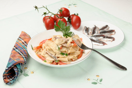 タータンチェック「Fresh pasta with tomatoes, anchovies and pine nuts」:スマホ壁紙(9)