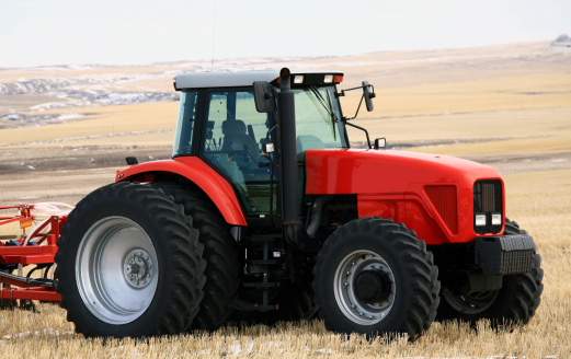 Planting「New Red Tractor on the Prairie With Cultivator」:スマホ壁紙(11)