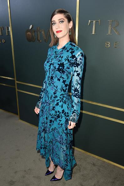 "Floral Pattern Dress「Premiere Of Apple TV+'s ""Truth Be Told"" - Red Carpet」:写真・画像(19)[壁紙.com]"