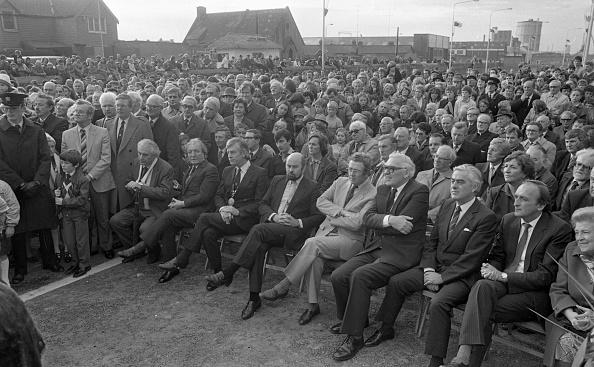 Politician「Taoiseach Garret Fitzgerald Opening a Toll Bridge 1984」:写真・画像(14)[壁紙.com]