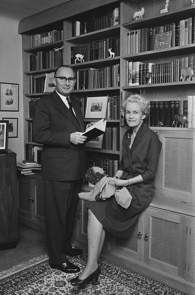Finance and Economy「Basil and Kathleen Smallpeice」:写真・画像(4)[壁紙.com]