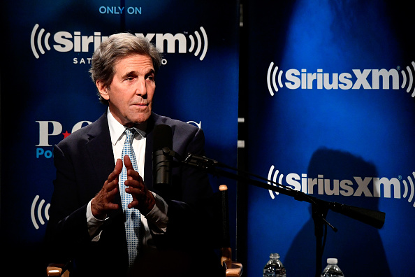John Kerry「Sec. John Kerry Talks With SiriusXM's Julie Mason During A Town Hall Event In Washington, D.C.」:写真・画像(17)[壁紙.com]