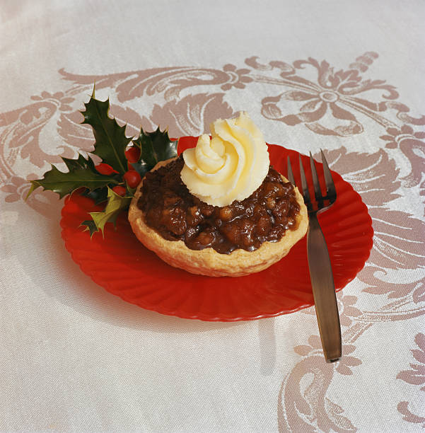 Tart with cream toppings, close-up:スマホ壁紙(壁紙.com)