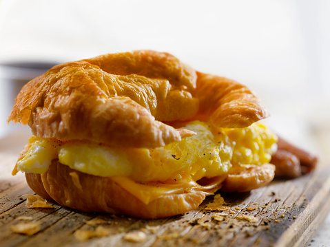 Toasted Sandwich「Egg and Cheese Breakfast Croissant」:スマホ壁紙(7)