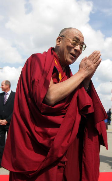 Tibetan Buddhism「Dalai Lama Arrives In Hamburg」:写真・画像(15)[壁紙.com]