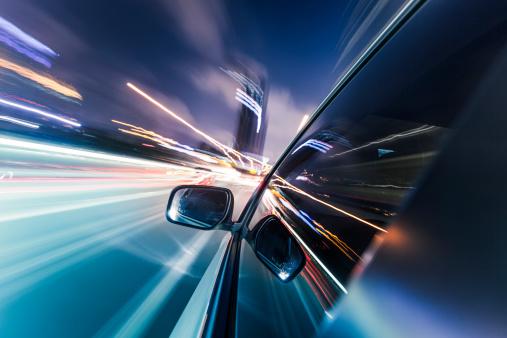 Road Marking「speeding car」:スマホ壁紙(17)