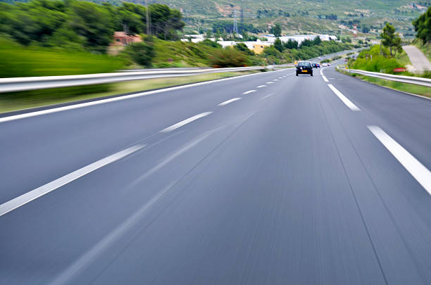 Speeding cars on A6 highway, Provence, France:スマホ壁紙(壁紙.com)