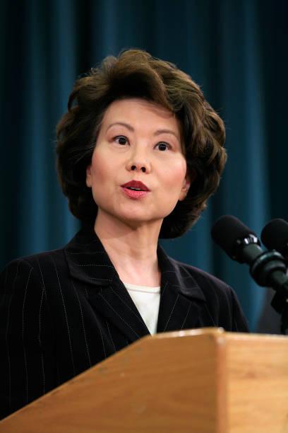 Bush Cabinet Members Discuss Social Security And Medicare Reports:ニュース(壁紙.com)