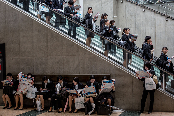 Japan「College Students Attend Job Fair In Japan」:写真・画像(16)[壁紙.com]