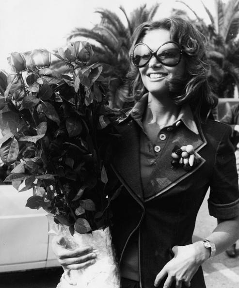 薔薇「Claudia Cardinale」:写真・画像(8)[壁紙.com]
