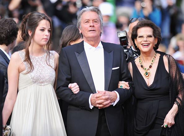 アラン・ドロン「IL Gattopardo - Premiere - 63rd Cannes Film Festival」:写真・画像(14)[壁紙.com]