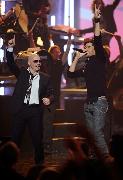 Enrique Iglesias - Singer「2010 American Music Awards - Show」:写真・画像(5)[壁紙.com]