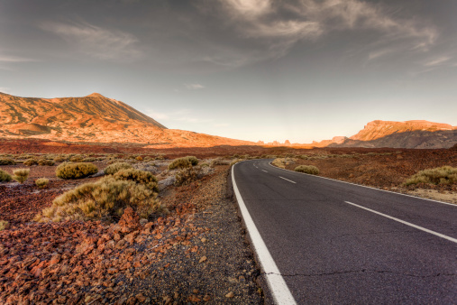 Remote Location「Road in El Teide National Park at Sunset」:スマホ壁紙(9)