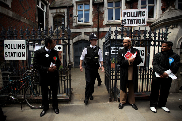 Tower Hamlets「The 2010 General Election - The British Public Go To The Polls」:写真・画像(9)[壁紙.com]